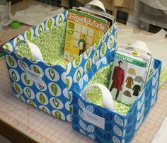 How to make fabric storage baskets -- 10 tutorials for sewing fabric baskets, bins, or buckets. Sewing Room Storage, Fabric Storage Baskets, Fabric Boxes, Sewing Rooms, Storage Bins, Diy Storage, Paper Boxes, Storage Containers, Grocery Bag Storage