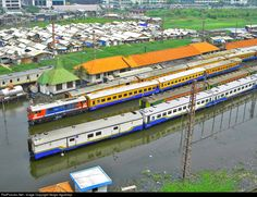 RailPictures.Net Photo: BB 304 PT. Kereta Api Indonesia Krupp M1500BB at Beos kota, Indonesia by Sergio Agudirejo