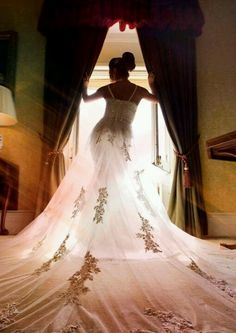Love love love this South Asian bridal pic!  Stunning