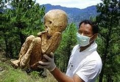 Nephilim Chronicles: Giant Human Skeletons: Nephilim Baby's Mummified Remains Discovered in Africa
