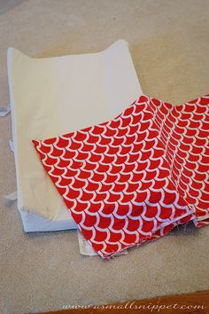 tutorial on how to make a changing pad cover