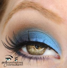 MAC eyeshadows used: Blue Calm (inner half of lid) Prussian LE (outer half of lid and lower lashline) Wedge (crease) Blanc Type (blend)