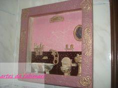 quadro para banheiro com peças em resina pintada