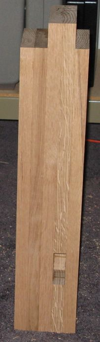 Woodworking Bench Plans, Woodworking Projects, Building A Workbench, Bamboo Cutting Board, Cabinets, Shops, Legs, Tools, Workbenches