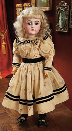 View Catalog Item - Theriault's Antique Doll Auctions, Kestner