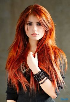 long dark red copper hair.  I really want to try this, but dark hair looks weird on me.  Someday.