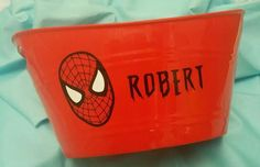 Spiderman bucket Using 651 Oracle Permanent Vinyl and Silhouette Cameo www.facebook.com/thequeenbeechic