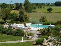 Jardin et piscine des Gîtes et chambres d'hôtes à vendre à Labastide de Levis dans le Tarn