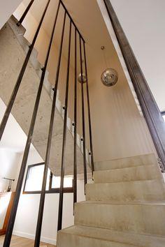 Maison P - Escalier Béton / Acier - 2016 - Mont-Saint-Aignan (76130) - France - BO.A Architecture #boarchitecture © T. Boivin Photographe