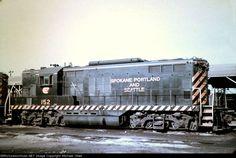SPS 152(GP9) ... #Diesel #DieselEngine #DieselLocomotive #DieselTrain Train #Locomotive Diesel Locomotive, Steam Locomotive, Burlington Northern, Old Trains, Train Tracks, Diesel Engine, Model Trains, Pacific Northwest, North West