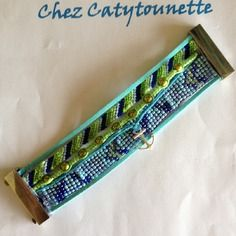Bracelet manchette avec fermoir aimanté