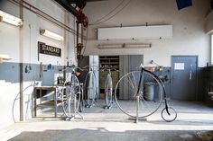 high-wheeled bicycles by standard highwheels for modern-day penny farthing - designboom | architecture & design magazine