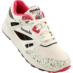 d35831f5c39cb3 Reebok Men Ventilator Vintage Magenta Pink gray chalk snowy     To view  further for this item