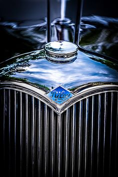 Riley by icypics Vintage Sports Cars, Vintage Cars, Antique Cars, Car Badges, Car Logos, Alfa Romeo, Classic Motors, Classic Cars, Coventry