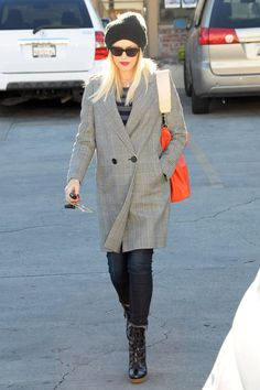 Gwen Stefani's Pregnancy Style - Gwen Stefani's Best Pregnancy Looks - Harper's BAZAAR