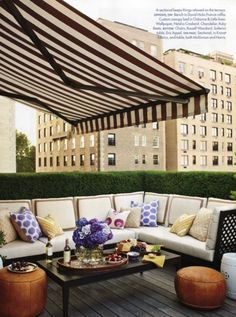 Balcony Chic: The Big, the Medium and the Tiny / säänkestävät tyynynpäällykset vahakankaasta! Halvat tyynyt Kierrätyskeskuksesta