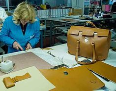 customized Italian leather handbags are what we do best at Pierotucci.    http://www.pierotucci.com/