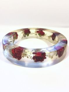 Unique clear resin flower bangle with red roses and baby's breath Size medium Valentine gift for women by MyJewelsGarden Botanical Resin Jewellery by Myjewelsgarden