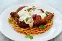 Homemade Chicken Parmesan, Baked Chicken, Chicken Recipes, Chicken Parmesean, Chicken Parmigiana, Broccoli Chicken, Dinner Dishes, Dinner Menu, Food Dishes