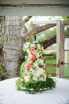 Vintage Style Wedding Cakes - Rustic Wedding Chic