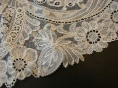 Point d'Angleterre. A variety of Brussles lace, possibly precursor to duchesse