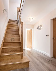 Preston staircase with solid oak treads and risers with glass infill Wooden Staircase Design, Luxury Staircase, Staircase Runner, Stair Railing Design, Wooden Staircases, Wooden Stairs, Modern Staircase, Staircase Manufacturers, Entrance Hall Decor
