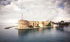 Castello Aragonese, Taranto, Puglia, Italy. — Photo by duha127