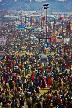 Over 100 million at 2013 Maha Kumbh Mela, Allahabad, India #seatsofthegoddess