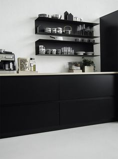 Tina Black by Kvik Kitchens