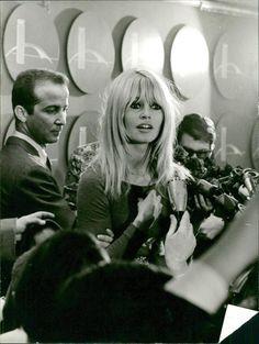Vintage photo of Brigitte Bardot in New York | eBay