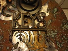 """Rustic Cast Iron Wall KEYS  """"KEY HOLDER"""" with 5 Sturdy Looped Pegs 7 1/2"""" x 6"""""""