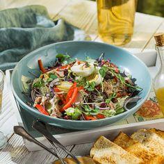 Japchae, Ethnic Recipes, Food, Red Peppers, Essen, Meals, Yemek, Eten