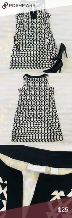 New York & Company Black and White Dress - Size XL New York & Company Black and White Geometric Midi Sheath Dress - Size XL  Excellent Used Condition!   Approximate Measurements- Across the Chest: 20 inches Length: 35 inches New York & Company Dresses Midi