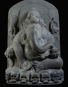 """Ganapati Kapalasana. Java, Tjandi Singosari, 5' 6"""""""