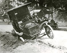 Model T Ford Forum: Muddy Road-Photo