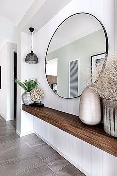 Entrance with large round mirror - With a floating wooden shelf, perfect .- Entrance with large round mirror – With a floating wooden shelf, perfect for narrow corridors! Entryway Decor, Bedroom Decor, Entryway Mirror, Table Mirror, Narrow Entryway, Entryway Ideas, Narrow Hallway Decorating, Hallway Shelf, Hallway Decorations
