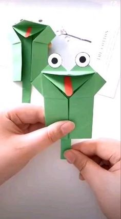 Paper Crafts Origami, Paper Crafts For Kids, Preschool Crafts, Diy Paper, Fun Crafts, Summer Crafts, Paper Art, Diy Crafts For Girls, Diy Crafts Hacks