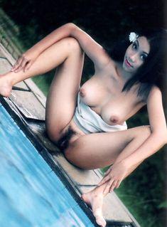 Pics of naked jewish chicks