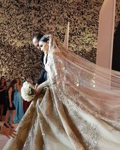 More of yesterday's fairytale wedding by 💕 Talk about elegance and perfection 👰! See more of this wedding live covered on our… Dream Wedding Dresses, Bridal Dresses, Wedding Gowns, Dubai Wedding Dress, Lace Wedding, Lebanese Wedding Dress, Bridal Headpieces, Indian Bridal, Luxury Wedding