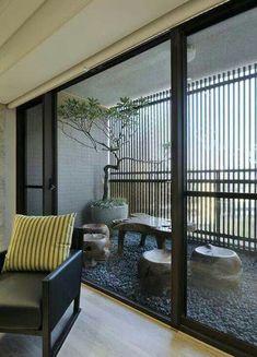 Apartment Patio Privacy Ideas Modern Ideas For 2019 House Design, Home, Balcony Planters, Cool Apartments, Patio Decor, Interior Design Trends, Home Interior Design, Interior Design Articles, Balcony Design