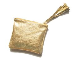 A small luxury for your everyday life. Maharani ateliers GOLD leather pouch, at a special price of USD29 only. Was USD37. Special Christmas
