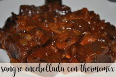 Sangre encebollada con thermomix Carne, Beef, Food, Crock Pot, Appetizers, Chicken, Meals, Deserts, Meat