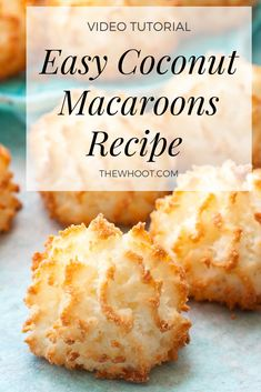This easy coconut macaroons recipe has been hugely popular and you will love the delicious results. We have a quick video to show you how. Kokos Desserts, Coconut Desserts, Coconut Cookies, Easy Desserts, Recipe For Coconut Macaroons, Coconut Recipes Healthy, Gluten Free Macaroons, Chocolate Coconut Macaroons, Dessert
