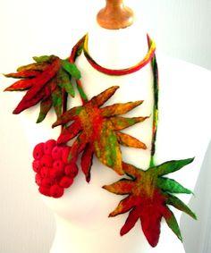 MADE WITH LOVE - Hand Felted, scarf necklace Felt Necklace, Scarf Necklace, Felted Jewelry, Felted Scarf, Felting, Wool Felt, Jewerly, Caramel, Christmas Wreaths
