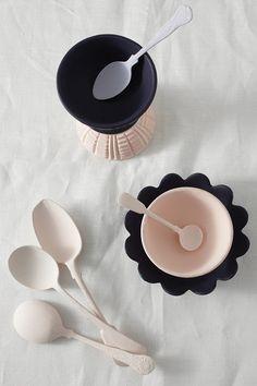 Home Design Idea Stylist Rebecca Newport Interior Design Architecture Porcelain Ceramics, Ceramic Pottery, Ceramic Art, Food Styling, Food Photography Props, Deco Design, Home Decor Items, Newport, Kitchenware