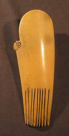 "'According to our author-scholar Kajetan Fiedorowicz, the best Maori comb ever offered on Ebay sold on Oct. 9, 2011, for $2,576.00. It was a 17th-Century whale-bone Heru comb. The dealer listed it as ""Old African? Large ""oxbone"" comb; elegant!"" with a starting price of $9.95.' Not dear! Posted first by Barbara Steinberg on http://barbaraanneshaircombblog.com/2011/10/10/ebayebay-whale-bone-maori-heru-comb/. Reposted from Truus and Joost Daalder's FB page ""Ethnic Jewellery and Adornment""."
