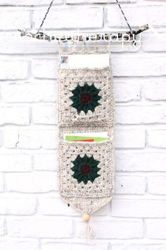 Everyone can use a little extra organization and storage, especially over the holidays! Make this Christmas card holder for your door or hang it by your entry to keep cards off of your valuable ...