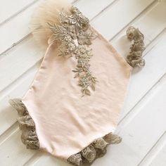 cod655 Newborn photo prop sitter size outfit romper