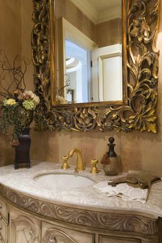 love the mirror over the sink