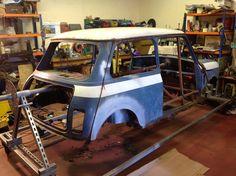Classic Mini, Classic Cars, Auto Mini, Austin Healey Sprite, Mini Stuff, Mini Coopers, Mini Things, My Dream Car, Car Pictures